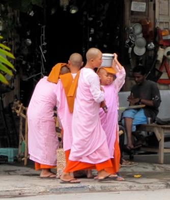 Burma - Buddhistische Nonnen
